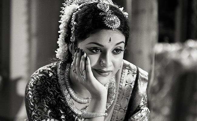 అశ్వనీదత్ జాక్ పాట్: రూ.5 కోట్లు ఎక్స్ ట్రా