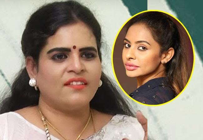 శ్రీరెడ్డి VS కరాటే కల్యాణి